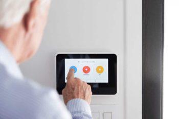 Vivint smart home keeps your loved ones safe.